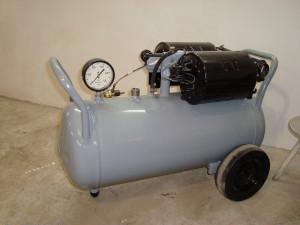воздушный рессивер и компрессор